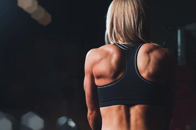 esercizi per le spalle