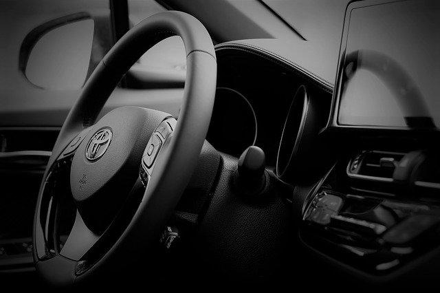 Toyota Corolla 2019: listino prezzi nuovo e usato e scheda tecnica